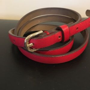 ANN TAYLOR Red Leather Skinny Belt. Small